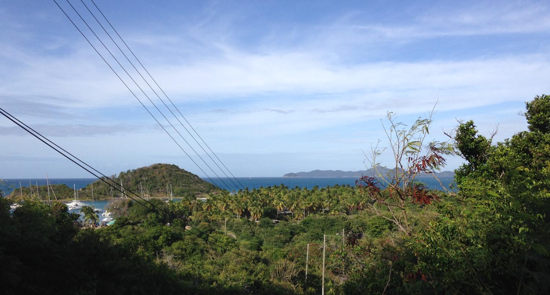 Utsikt mot vår ankarbukt, Salt Whistle Bay, Mayreau